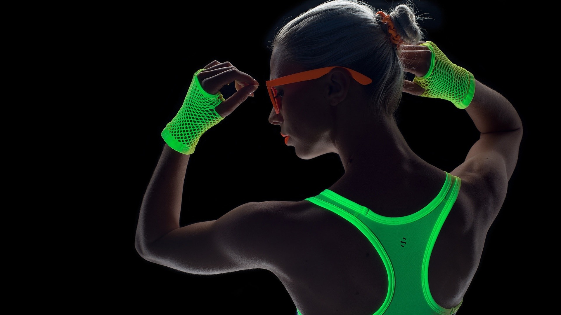 Neon light fitness wear