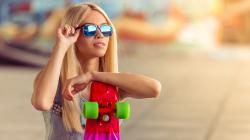 Longboard and shades