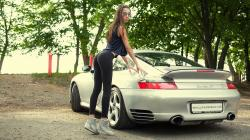 Fitness model and Porsche 911