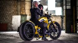 Thunderbike Gf and blonde model